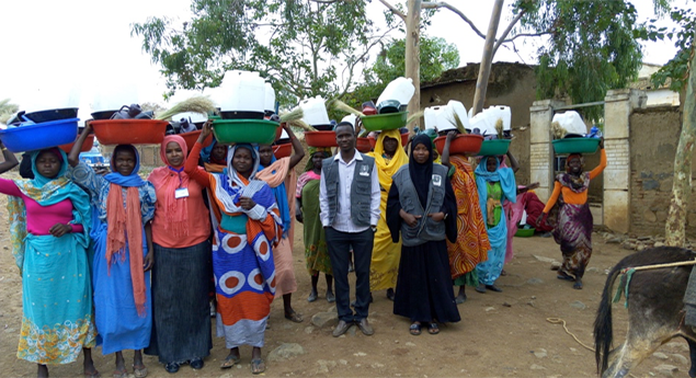 Hygeine kit distribution in Golo (1)